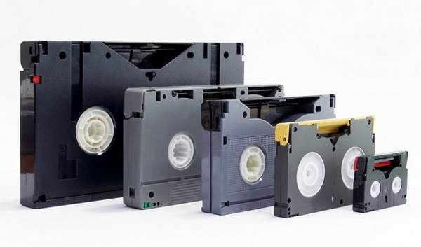 How To Recycle Vhs Computer Data And Cassette Tapes Greencitizen