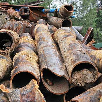 scrap metal recycling with ferrous metal-2