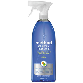 Method glass and surface cleaner mint in a bottle