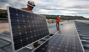 Featured image for the how long do solar panels last article-2