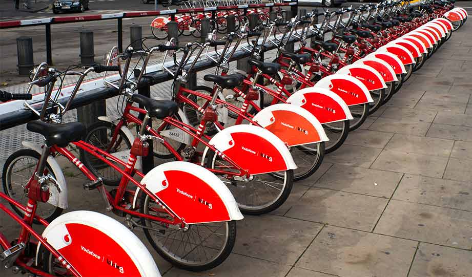 Featured image for Italy to Subsidize Bikes and E-Scooters with €500 article