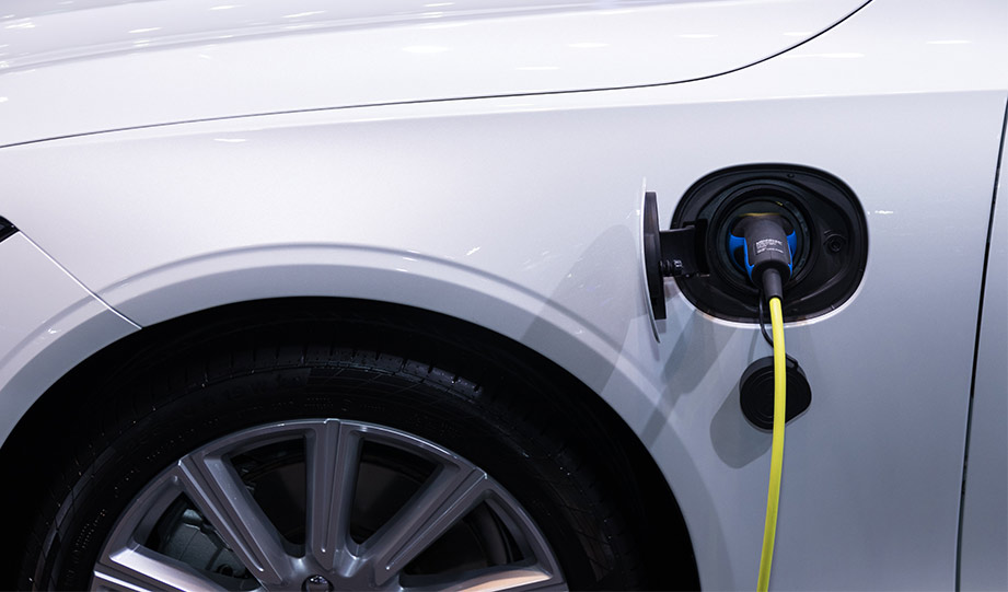 Featured image for New York Invests $750 Million In Electric Vehicle Infrastructure article