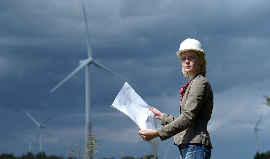 Featured image for best paying jobs in energy article