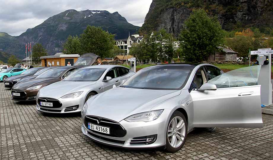Featured image for Electric Car Sales Hit Record 58 Percent In Norway article