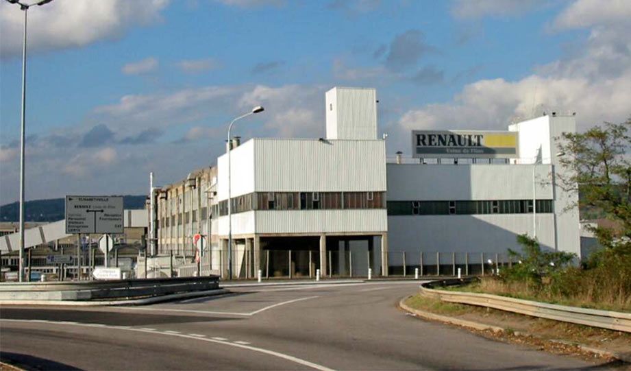 Featured image for Renault Turns Its Car Factory Into A Recycling Plant article