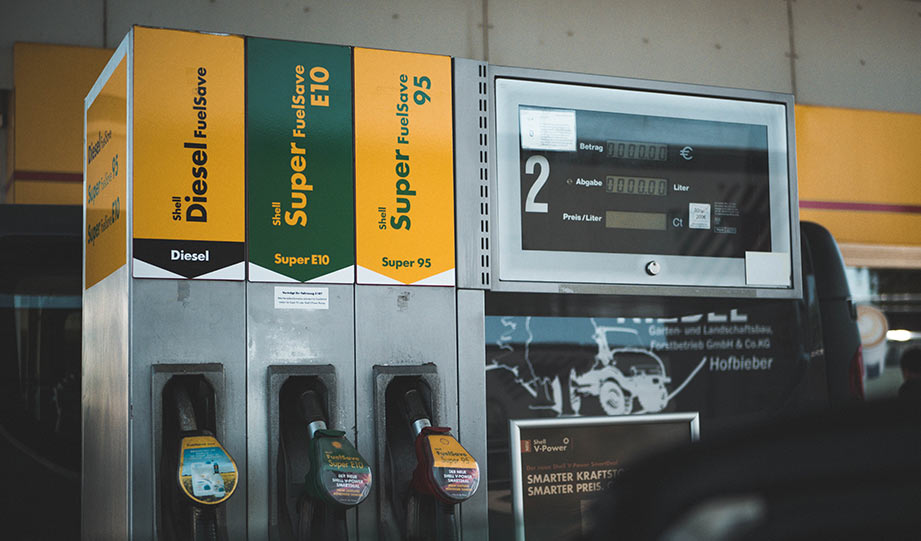 Featured image for Bay Area City the First in the US to Ban New Gas Stations article