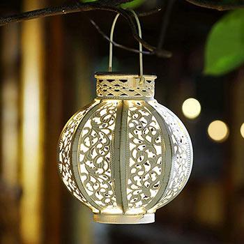 Garden with Maggift Hanging Outdoor Hanging Solar Lantern