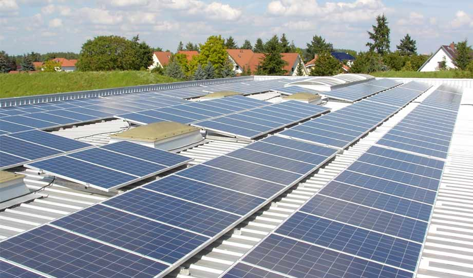 Featured image for Solar Has Never Been Cheaper, Now U.S. DOE Plans To Make It Even Cheaper by 60 Percent article