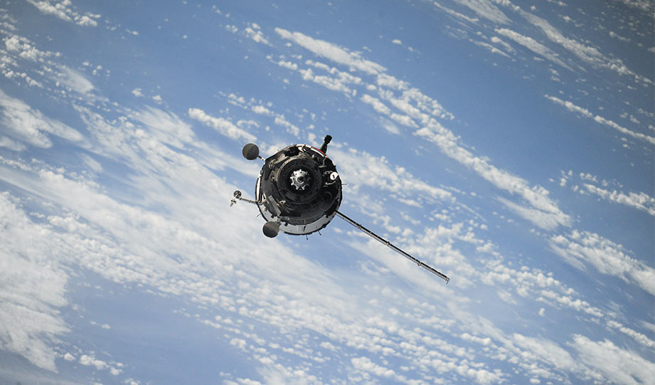 Featured image for California Will Use Surveillance Satellites to Track Down Carbon Super-Emitters article