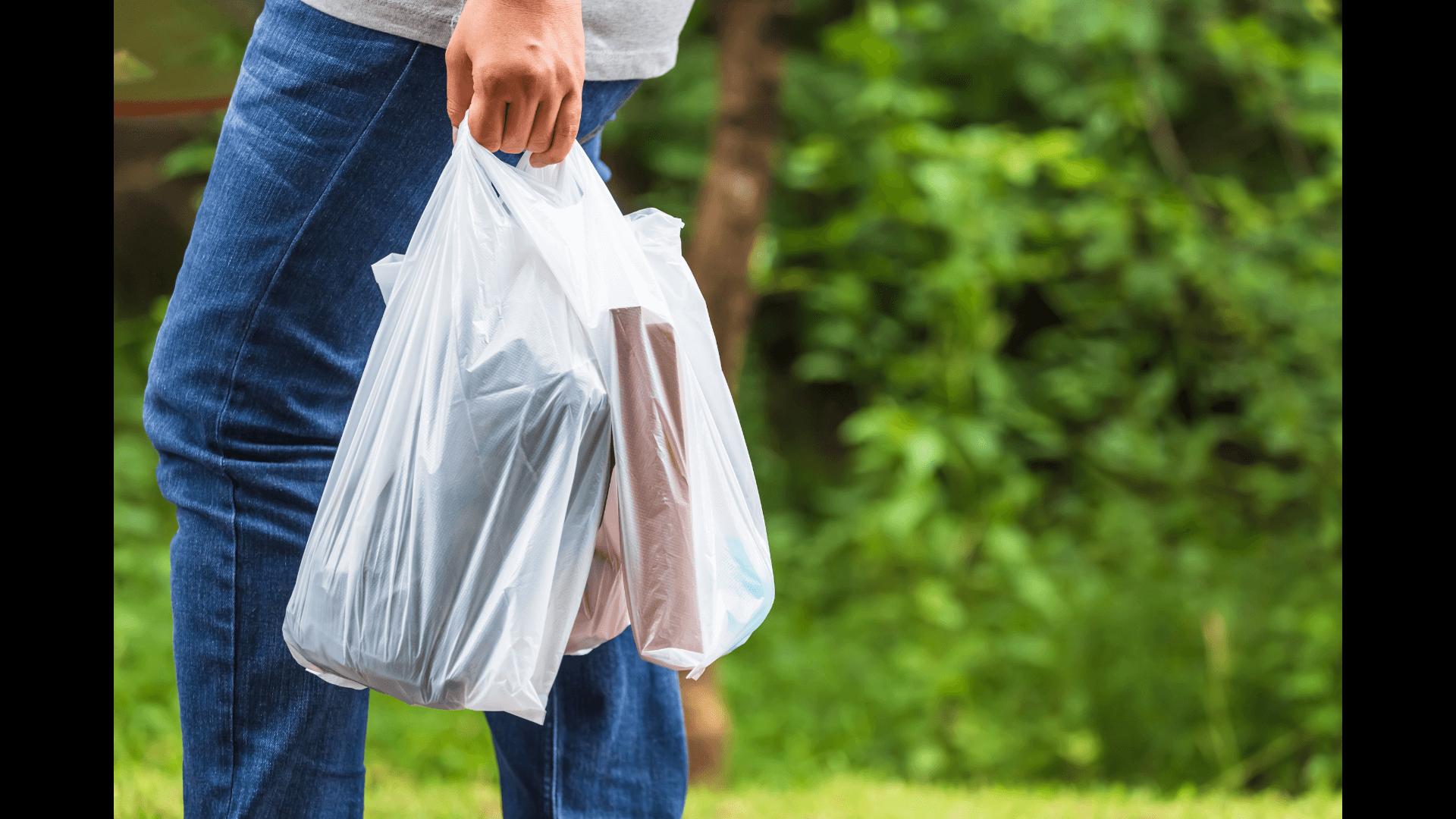 Colorado bans plastic